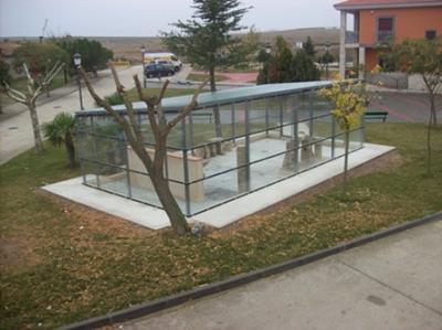Izquierda Unida ha solicitado hoy al Ayuntamiento de Miranda de Azán poder ver el expediente administrativo que atañe a la nueva edificación acristalada